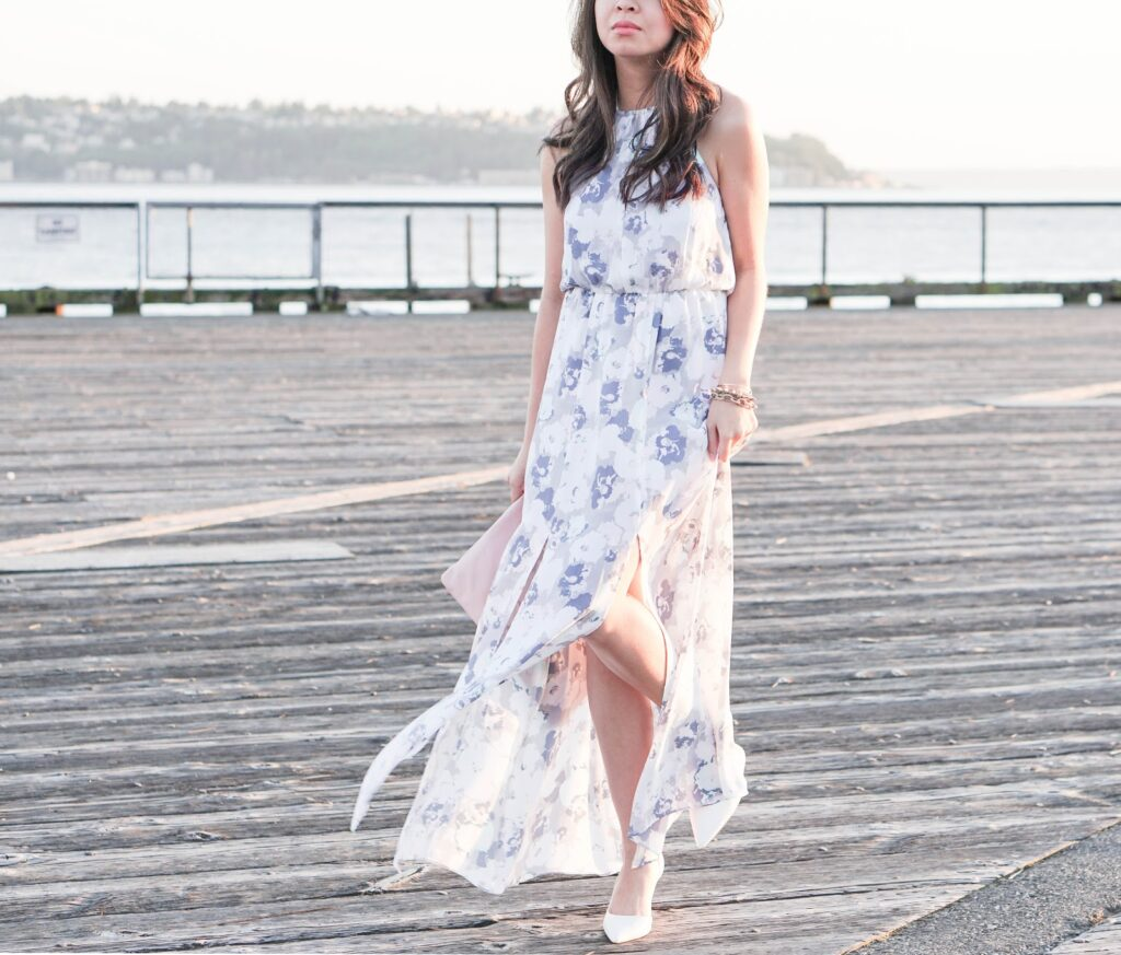 justatinabit-leith-print-slit-front-halter-maxi-dress-aldo-white-pumps-outfit-style-fashion-3-seattle-waterfront-pier