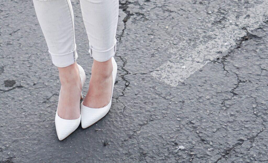 aldo-aceidia-white-pointy-toe-heels