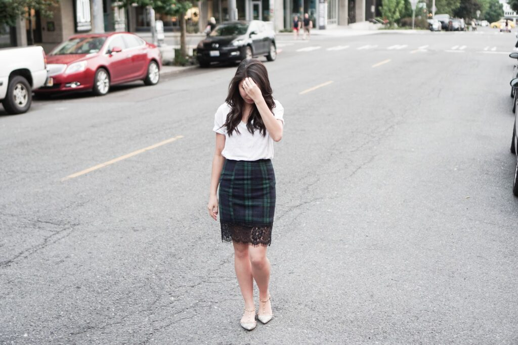justatinabit-choies-tartan-plaid-lace-hem-pencil-skirt-casual-relaxed-white-tee-studded-flats