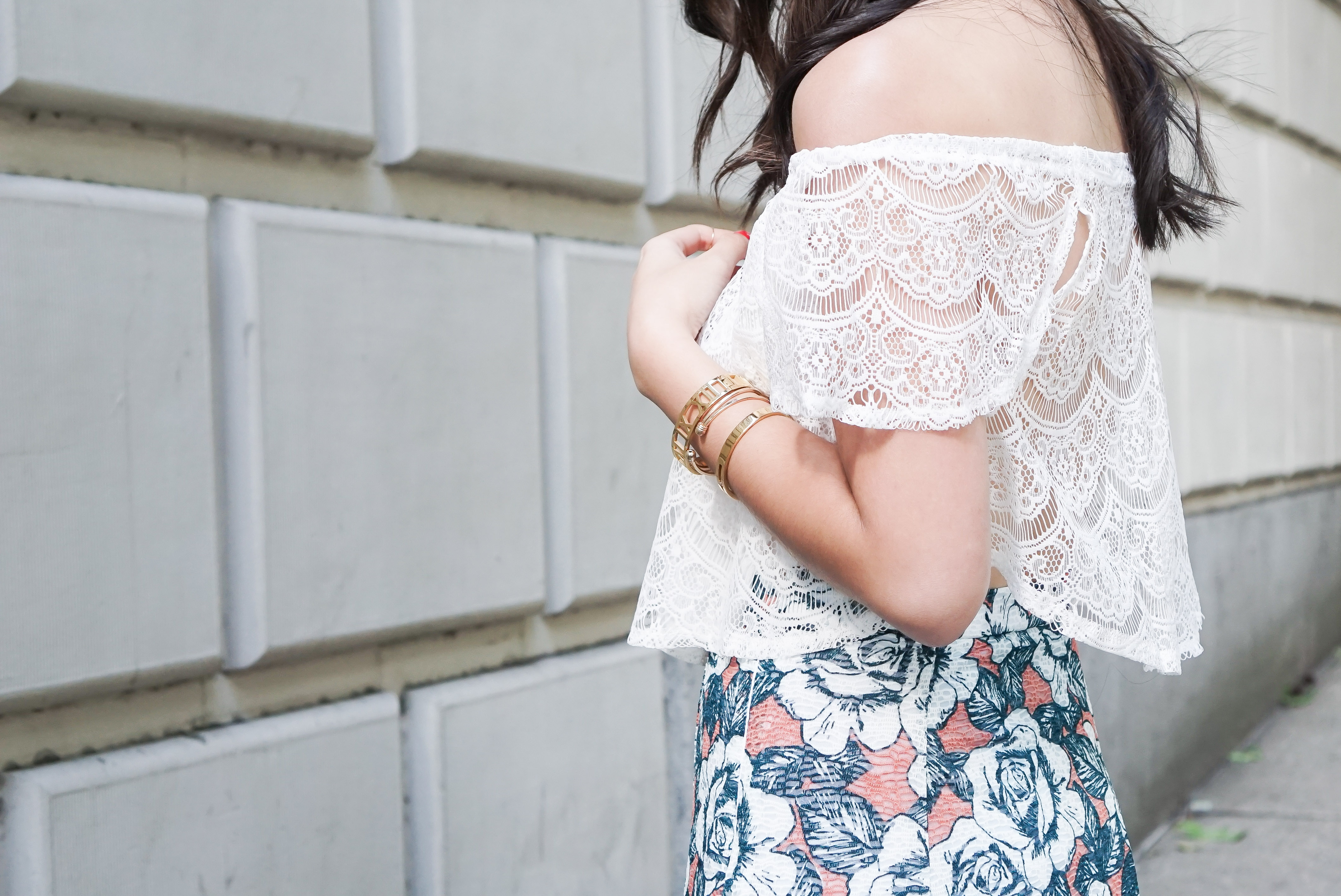 missguided crochet lace off the shoulder top, gold bracelets, summer outfit