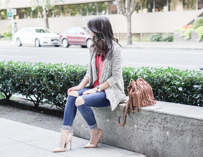 justatinabit-waterfall-cardigan-fevrie-selena-scallop-edge-tank-topshop-jeans-fringe-bag-lace-up-heels-5