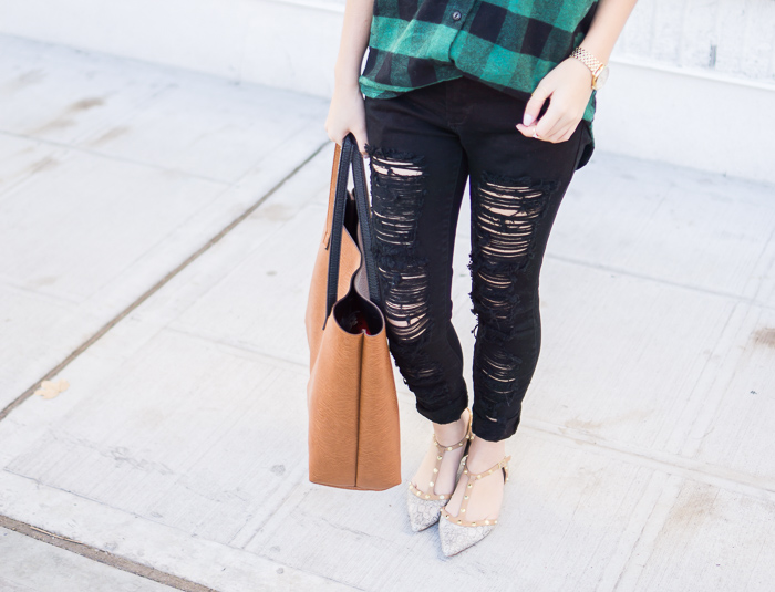 skinny ripped jeans, nordstrom halogen studded flats, street level reversible vegan leather tote