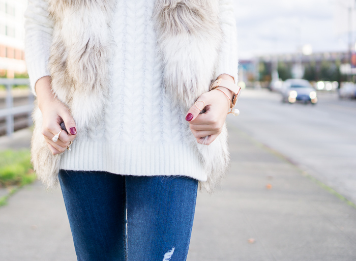 fall outfit, faux fur vest, cable knit sweater