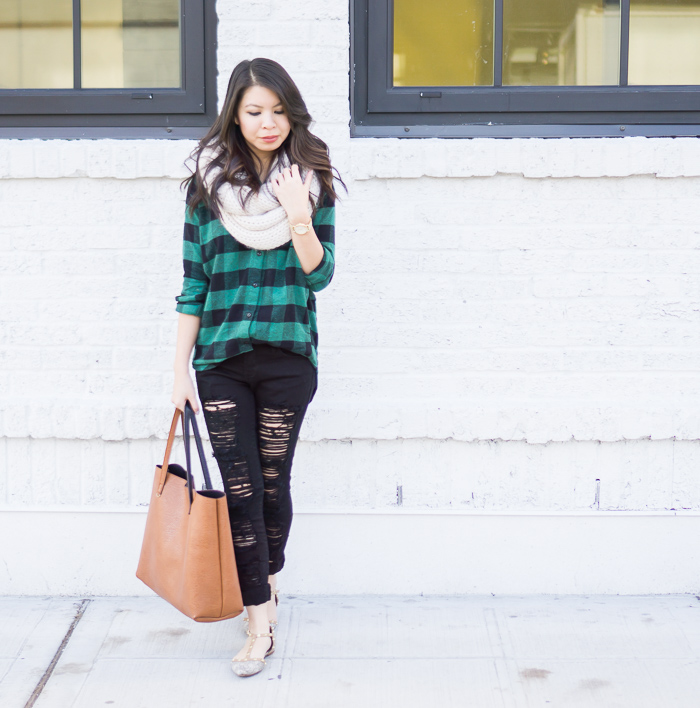 plaid shirt, skinny ripped jeans, infinity scarf, nordstrom halogen studded flats, casual fall outfit