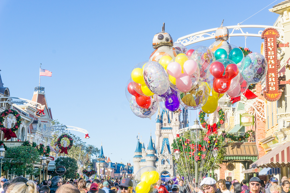 walt disney world tips and advice, magic kingdom orlando, balloons