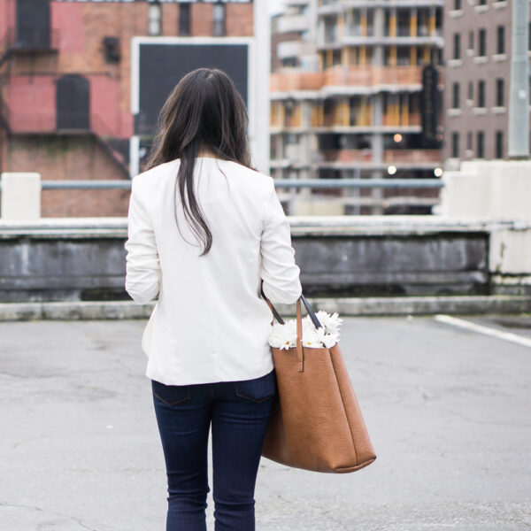 chelsea 28 white blazer, street level tote