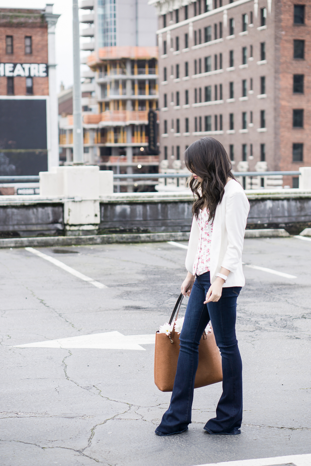 outfit with corset, wearing adore me rosanna corset and blanknyc flare jeans