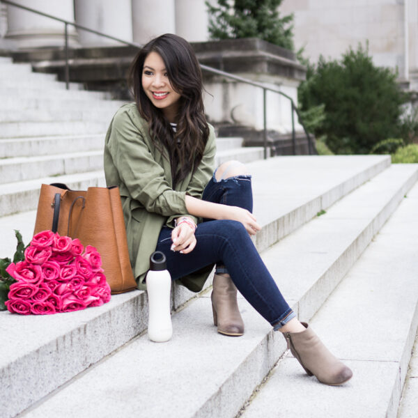 casual fashion style, leith army green waterfall jacket, nordstrom bp trolley ankle booties, topshop skinny ripped jeans,