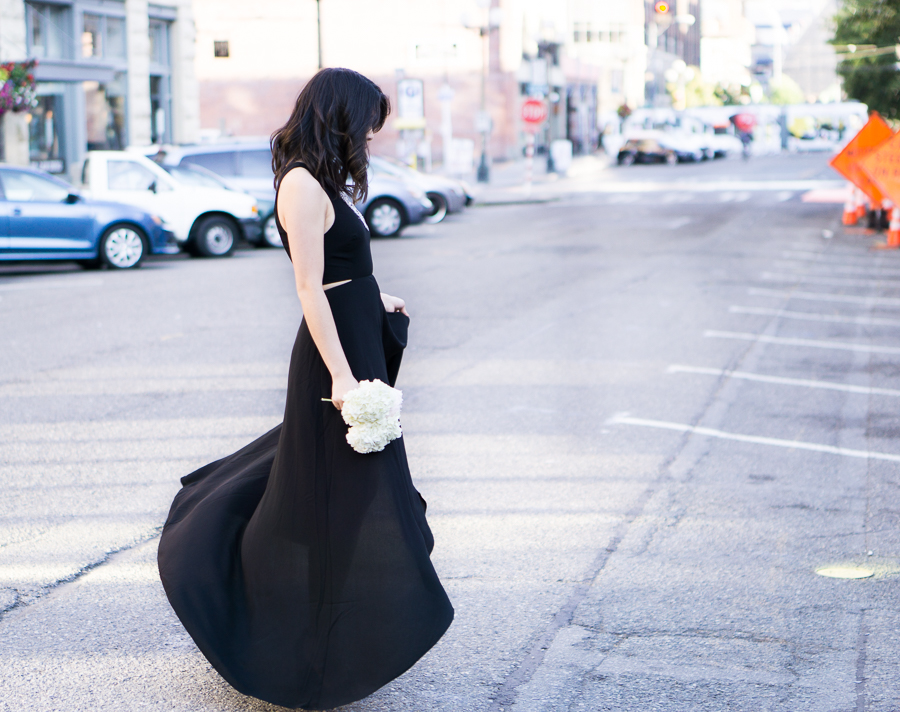 wedding guest outfit, black maxi dress, ankle strap sandal