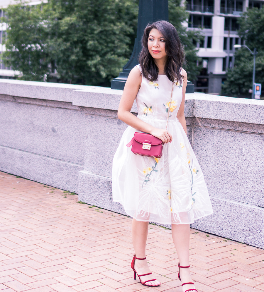 embroidered dress, cute summer dress, rose print, petite fashion blog