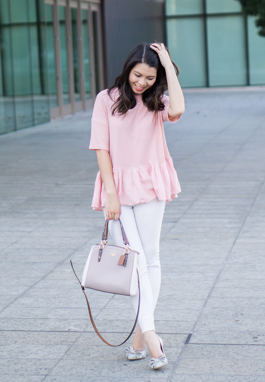 Pink ruffle cute tshirt with white skinny jeans and bow pumps | Petite fashion blog