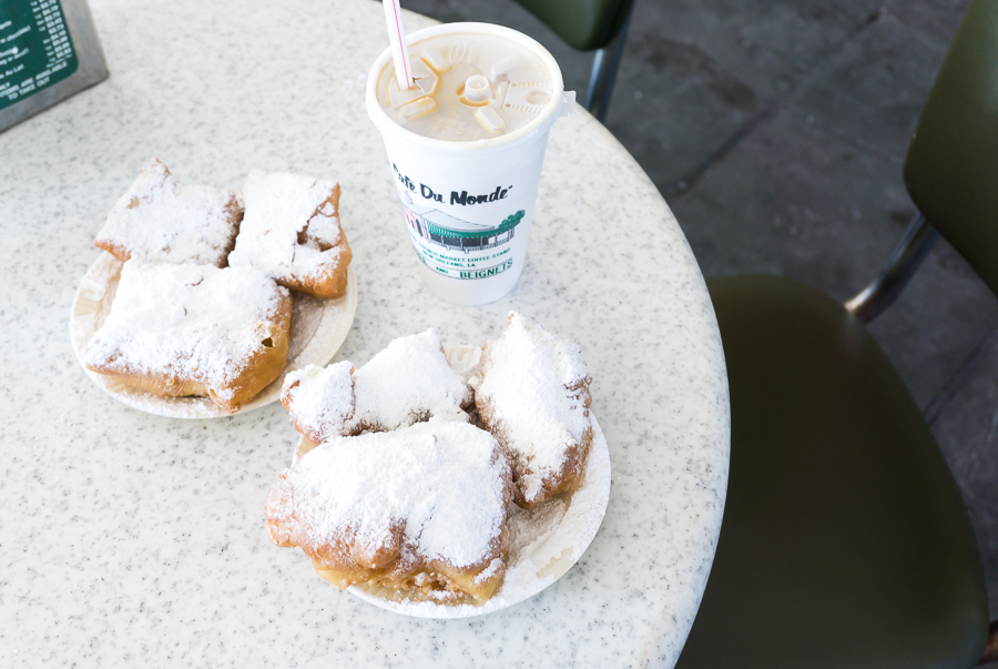 Top Things To Do In New Orleans - Cafe Du Monde Beignets