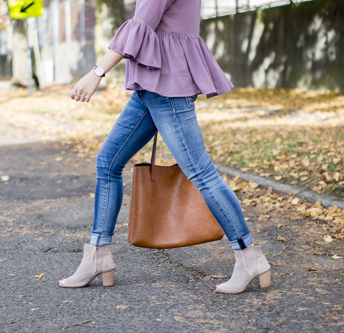 Find the perfect jeans, Fitcode review, Hudson Krista skinny jeans, Toms Majorca booties, fall outfit, petite fashion blog