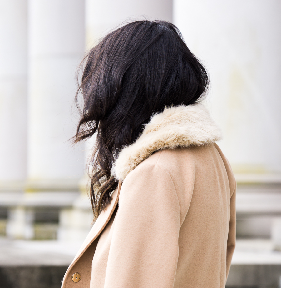 Topshop camel coat faux fur collar, petite fashion blog