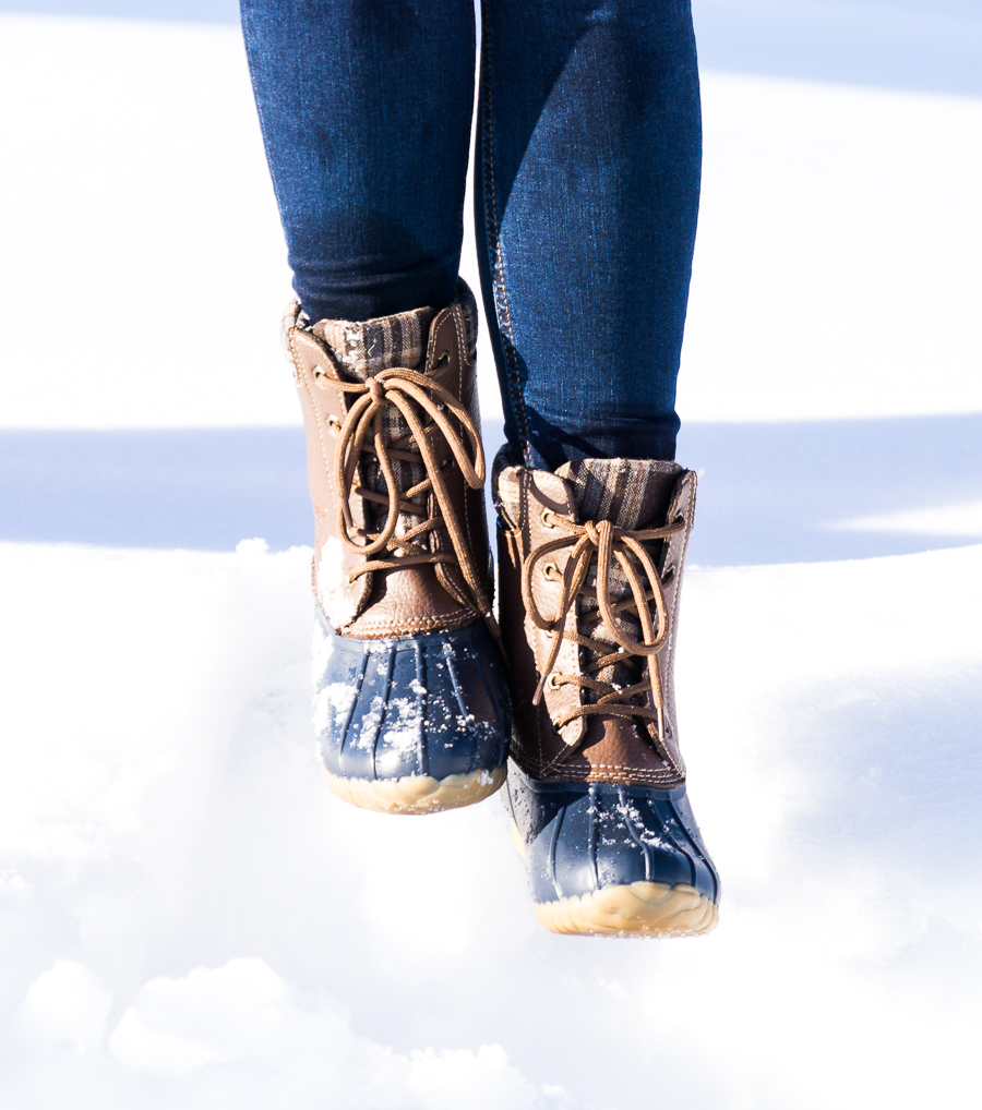 How to make duck boots look cute, petite fashion blog