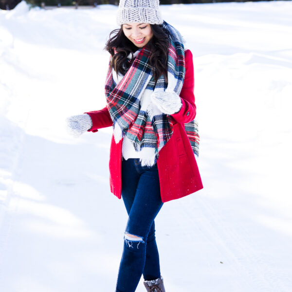 How to make duck boots look cute, plaid blanket scarf, pom pom beanie, cute winter outfit, petite fashion blog
