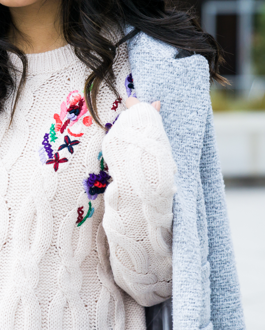 Embroidery sweater, spring trend 2017, petite fashion blog