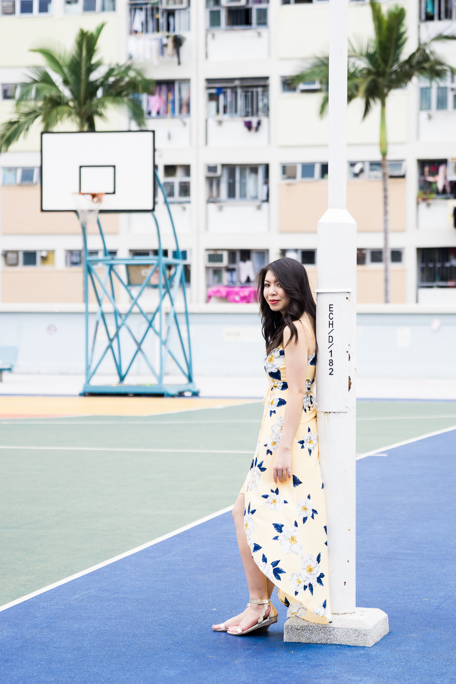 JOA yellow floral dress, how to get to Choi Hung Estate car park basketball court for Instagram photography in Hong Kong, petite fashion blog