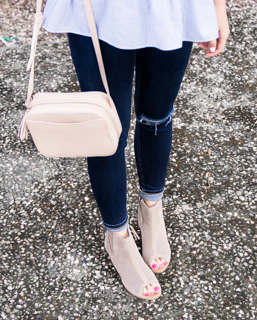 Topshop skinny jeans, Cuyana mini tassel bag, TOMS peep toed booties, petite fashion blog