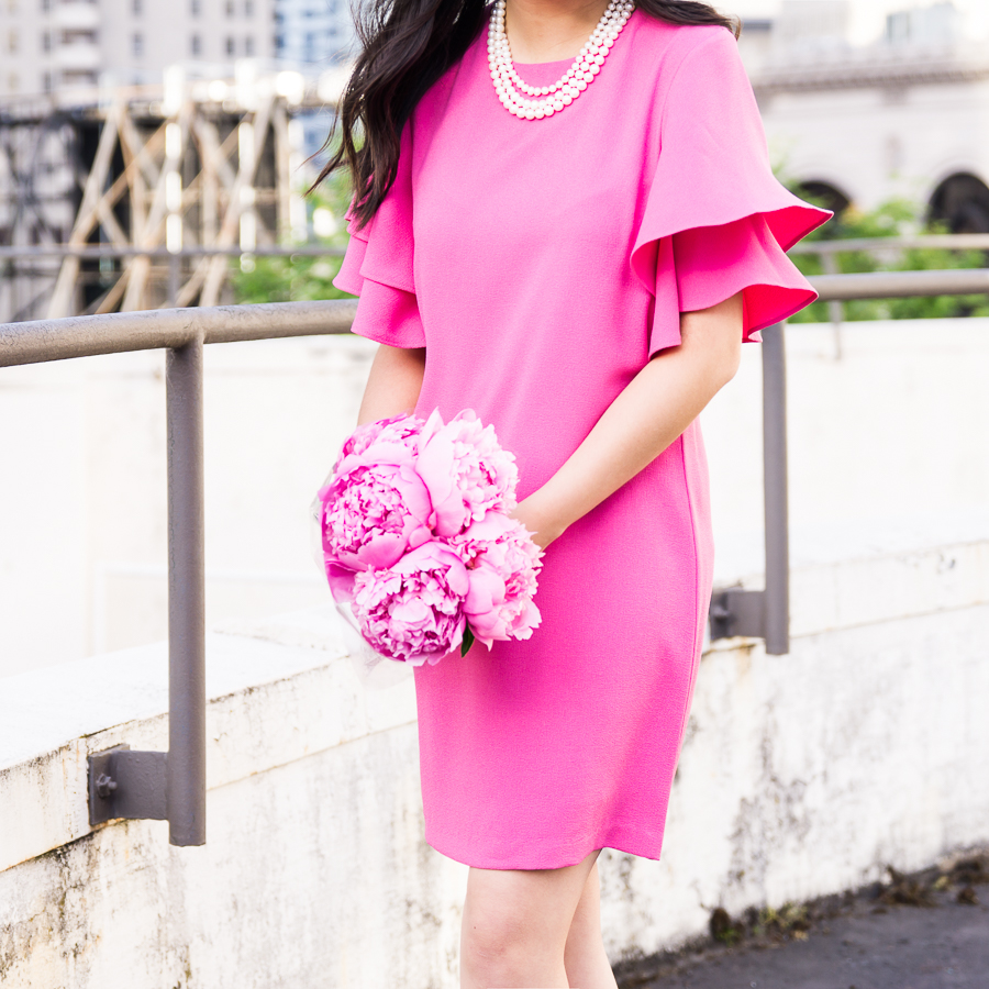 Ruffle sleeve shift dress, how to style a pearl necklace, Seattle fashion blogger, petite fashion blog