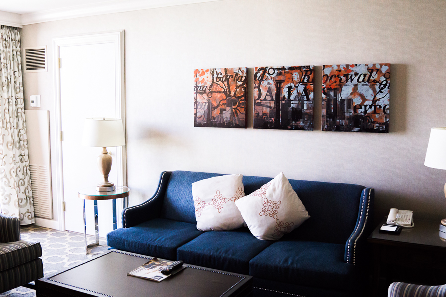 Fairmont Dallas suite review, Seattle fashion blog, petite fashion blogger