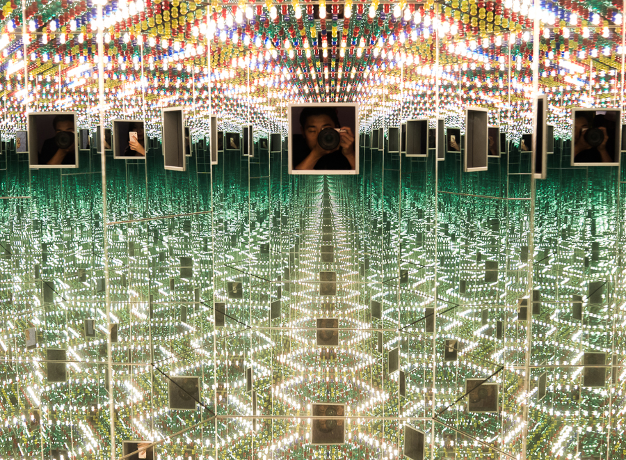 Yayoi Kusama Infinity Mirrors Exhibit At Seattle Art Musuem Fashion Blogger