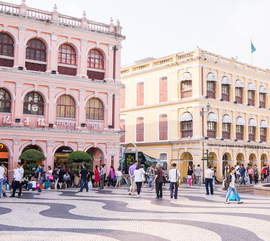 12 hours in Macau, Macau itinerary, things to do in Macau, Seattle fashion blogger, Senado Square